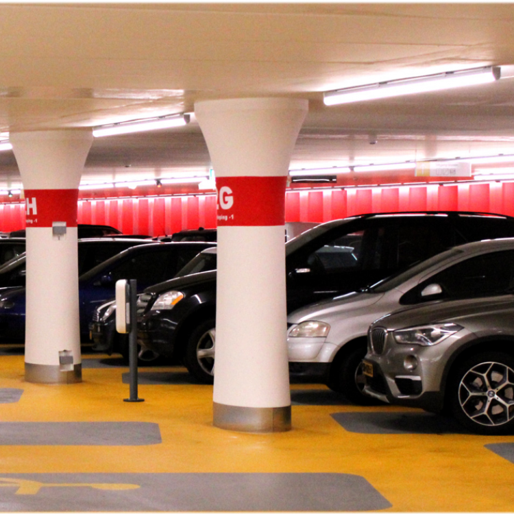 Fosbit en Chess lanceren totaaloplossing voor parkeergarages